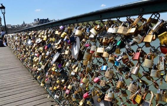 Pont de Arts Bridge