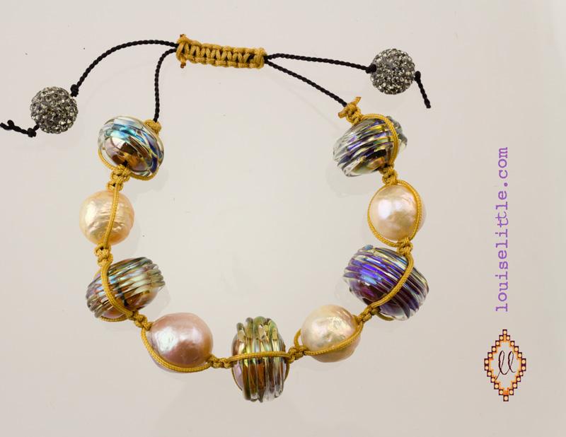 pearls boho macrame bracelet