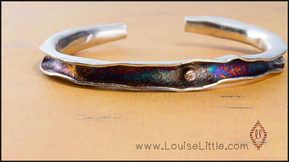 wavy bracelet